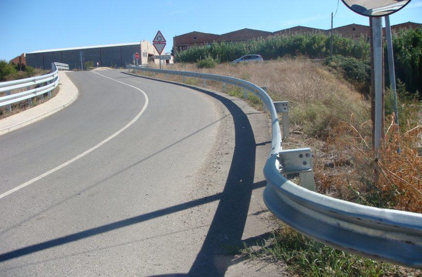 barrera bionda metálica